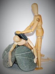 wooden-figures-1007134_640