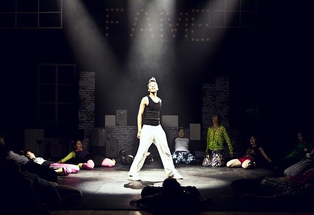 dance-430553_640
