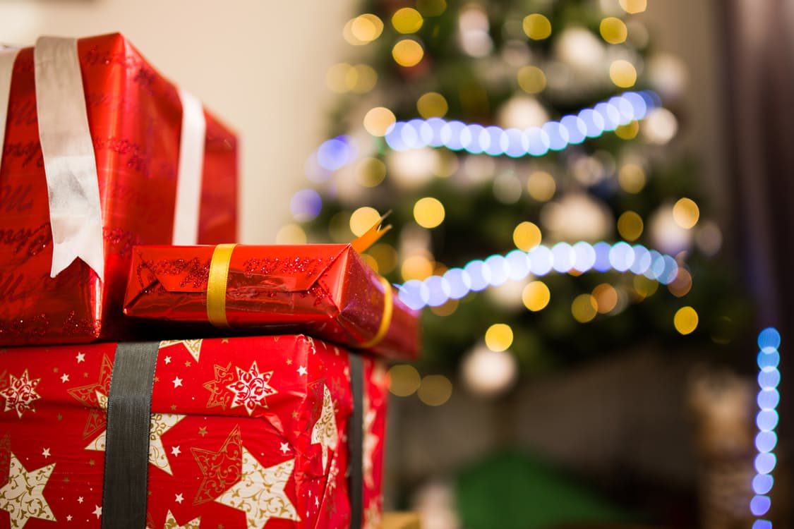 5 MORE Christmas Gifts You Definitely Never Thought Of – Under-Paid ...